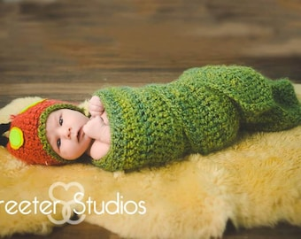Very Hungry Caterpillar Baby Coccoon and Hat