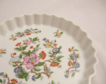 Beautiful Fluted Pie, Tart or Quiche Dish in the Le Jardin Pattern
