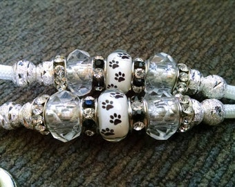 Beaded Paracord Dog Show Lead Dog Leash White with Black Dog Paw Prints 4 Feet Long