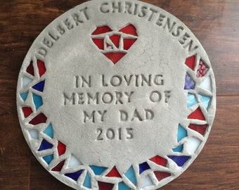 personalized stepping stone with mosaic glass rim + heart (large)