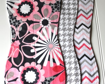 Boutique Baby Burp Cloth Set for Girls - Pink Quatrefoil and Gray Houndstooth, Baby Burp Clothes, Girl Burp Cloths, baby burp rags