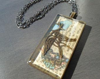 Bird pendant, vintage necklace, rectangular pendant, chain included, bird necklace