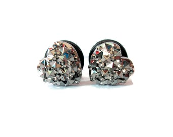 Dark Pewter Silver Geometric Sparkle Heart Plugs - Available in 4g, 2g, and 0g