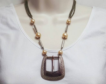 Antiqued buckle necklace