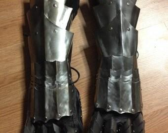 Steel gauntlets 20 gauge, berserk  inspired armor, pointed armor, metal gauntlet set, guts armor