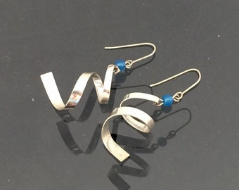 Vintage Sterling Silver Blue Cabochon Bead Twisted Dangle Earrings