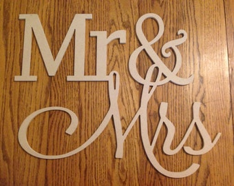 28 inch MR & MRS wood sign