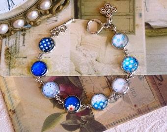 Spring bracelet Silver Colorful bracelet glass bezel blue and white Modern chic