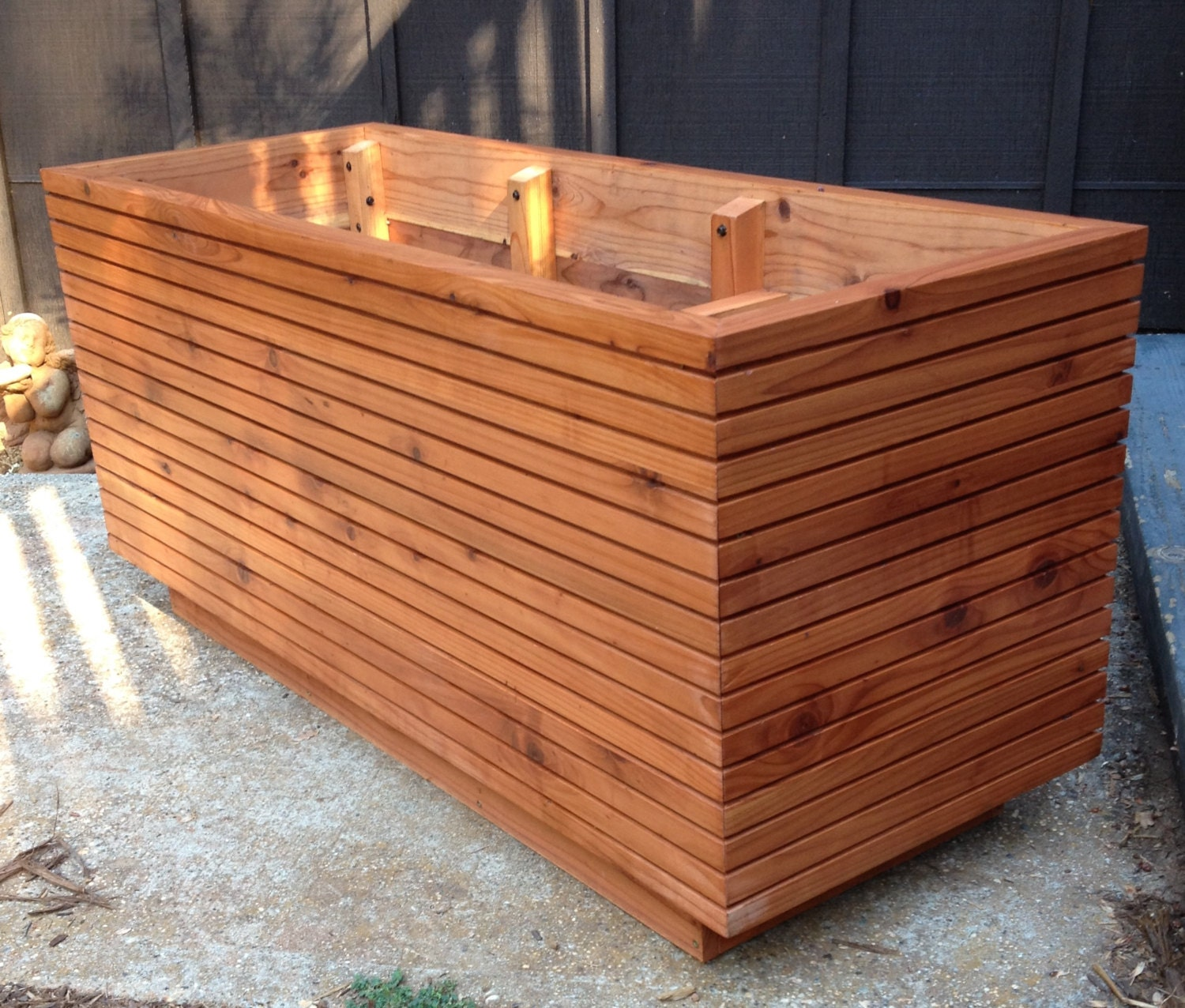 Tall modern redwood planter boxes free shipping 10 50 for Deck garden box designs