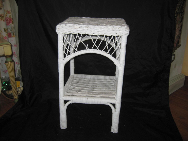 Vintage White Wicker Medium Table Side Table Bedroom Table