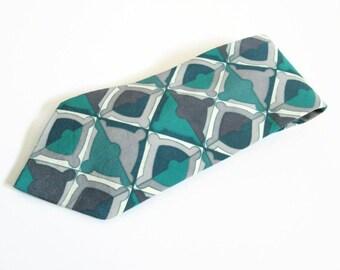 Vintage Mens Necktie, Geoffrey Beene, Italian Silk Fabric, Neck Tie Made in USA, Multicolor Tie Turquoise Blue Gray Silver, Mens Accessory