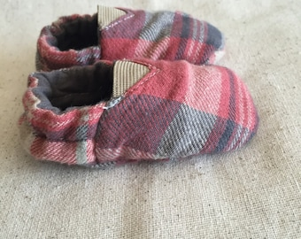 Reversible Flannel Baby Shoes
