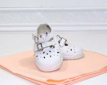 Vintage White Baby Mary Jane shoes sz 1