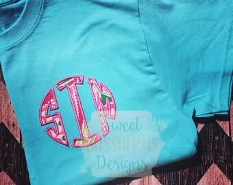T-Shirt Monogram, Vera Bradley inspired monogram shirt, womens monogramned shirt, Personalized Shirt