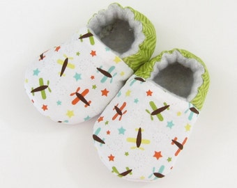 Newborn Baby Shoes- Size 1 baby shoes, new baby booties, infant booties, baby slippers, crib shoes Ready to Ship, Airplanes