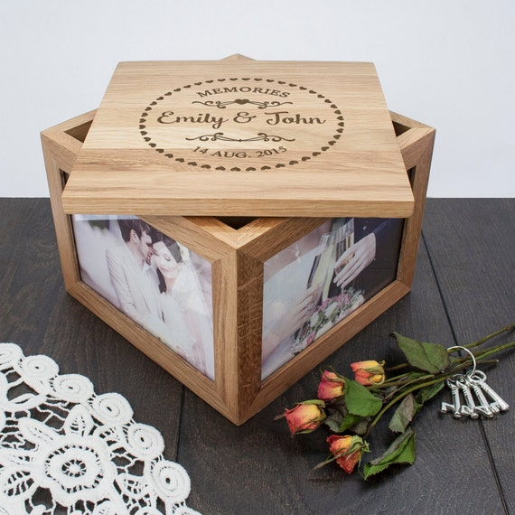 Wedding Gift Ideas For Friends Uk : ... Gifts Guest Books Portraits & Frames Wedding Favours All Gifts