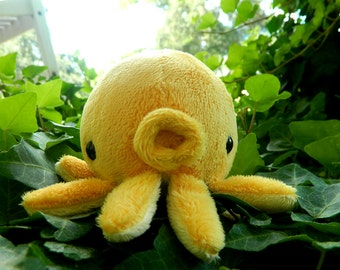 Small Mango Octopus Plushie