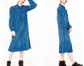 Vintage Bold Blue w/ Stripes