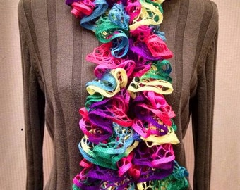 Starbella toucan Ruffled Knit Scarf