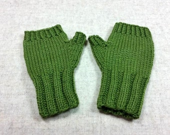 Organic Arm Warmers for toddlers, green, wool merino, handknitted wristwarmers, mittens