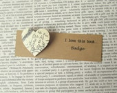 Fantastic Mr Fox book badge: heart shaped pin made with original vintage book page. Gift idea for book lovers, best friend, birthday.