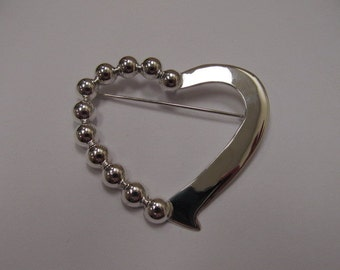Vintage Sterling Silver Large Heart Brooch Item W # 391