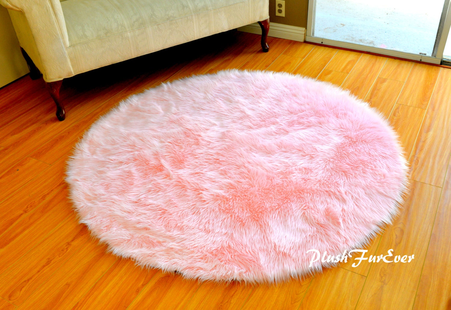 pink nursery rug baby pink luxury faux fur throw area rug. Black Bedroom Furniture Sets. Home Design Ideas