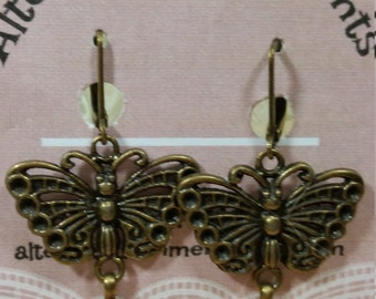 Vintage Style Dangle Earrings With Butterfly