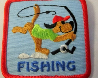 "Girl Scout Fun Patch with Dog ""Fishing"""