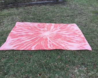 Salmon Reverse Tie Dye Tapestry - OT Pattern
