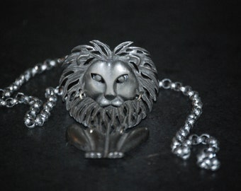 Lion Necklace in Silver