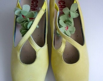 Camper Shoes Genuine Women Size 39 Vintage Lemon Yellow