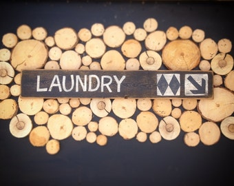 Laundry ski sign