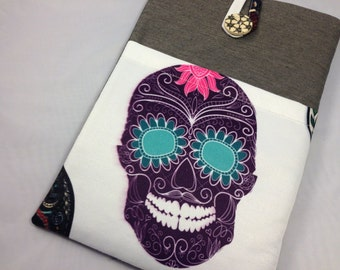 """11 inch Laptop Case / 11 inch MacBook Air Cover / 11 MacBook Air Case /Macbook case/ New 12"""" inch MacBook / Protective / Padded Case-Skull"""