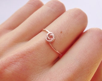 Rose Gold wire ring, knot ring, love knot ring, rose gold ring, wire ring, gold ring, dainty gold ring, dainty wire ring, wire wrapped ring