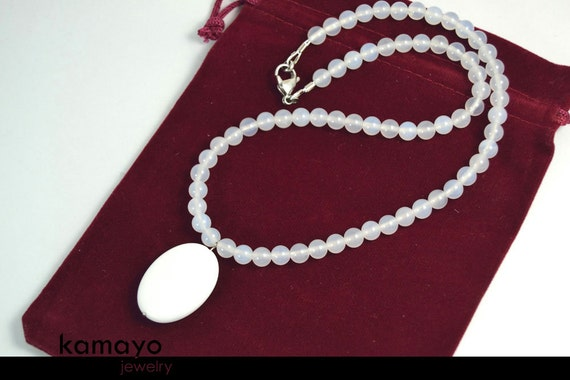 WHITE CHALCEDONY NECKLACE - Large Oval Pendant and Translucent Round Beads - 18""