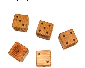 Yatzy - Giant yatzy - 7cm x 7cm x 7cm - Giant wooden dice - Garden games