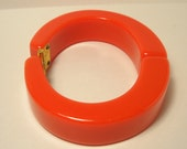 RED Clamper Bracelet Vintage Cherry Red Thermoplastic Lucite Hinged Bracelet Think Mod Modern 1970s Jewelry Bangle Bracelet
