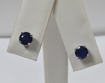 Natural Sapphire Stud Earrings Solid 14kt White Gold