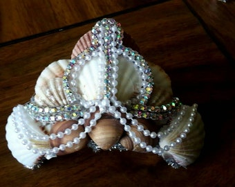 Rhinestone pearl and shell tiara/crown