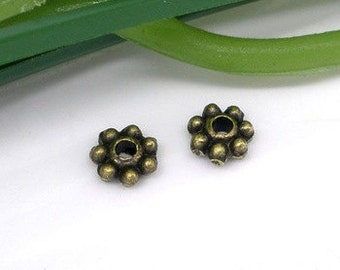 150 - 4 mm Daisy Spacers