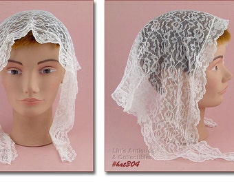 Vintage White Chapel Veil Or Wedding Veil (Inventory #HAT304)