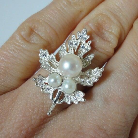 Maple leaf ring size 8, Maple leaf jewelry, Maple leaf charm, genuine ...