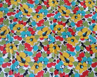 Vintage Floral Quilting Fabric - 100%cotton - 44.8 inches wide x 36 inches long