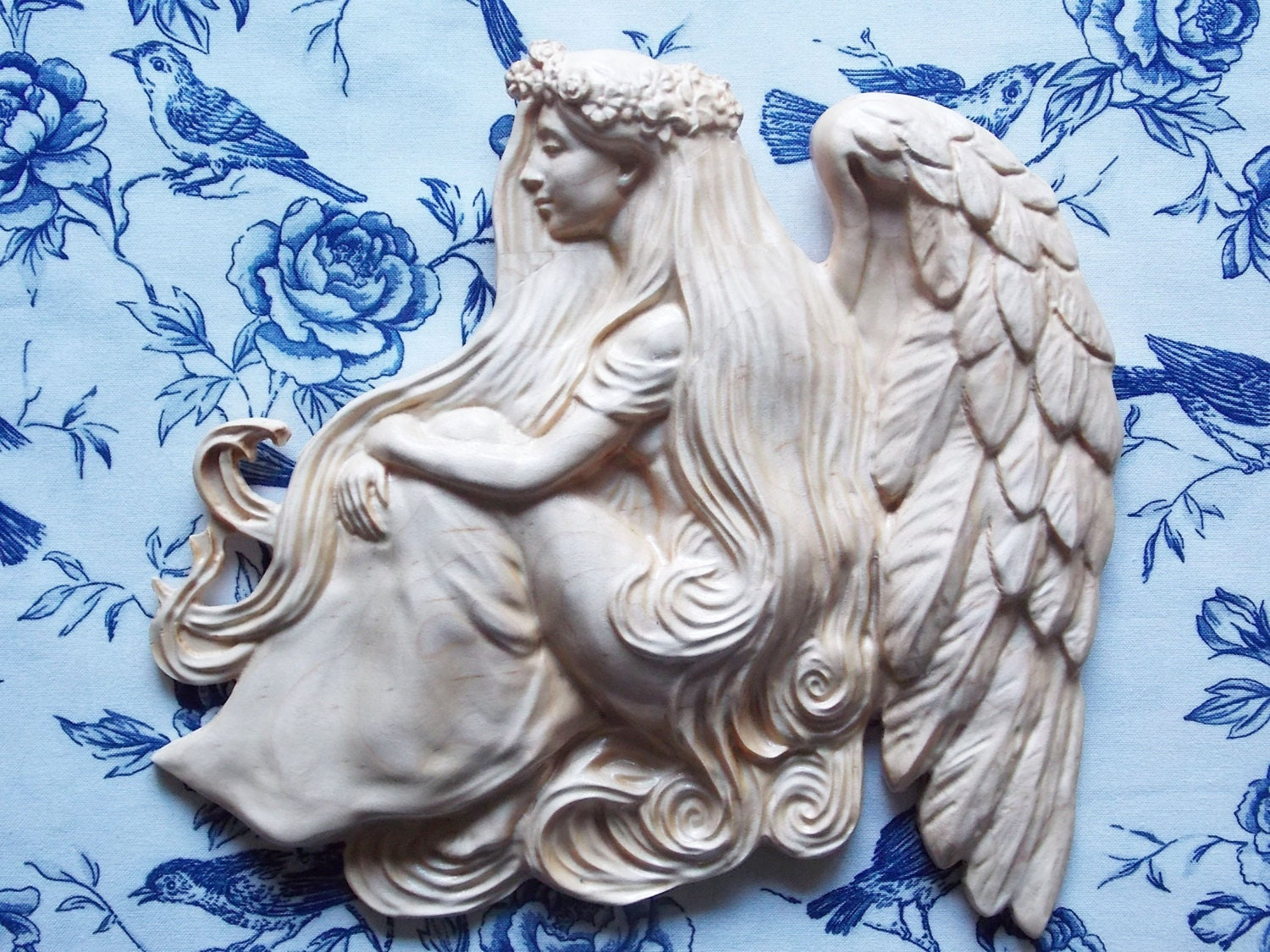 Wood carved angel wings wall decor wood carving angel for Angel wall decoration