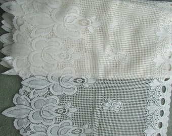 rose patterned white lace valance