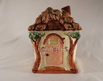 COOKIE JAR ~  Treehouse,  Made in Japan