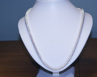 QUEEN, HANDMADE solid sterling  silver 925 chain necklace