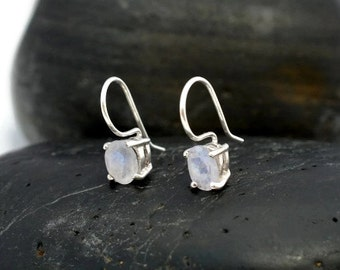 Small Rainbow Moonstonoe Drop Earrings - Gemstone Rainbow Moonstone Silver Dangle Earrings - Gemstone 925 Drop Earrings