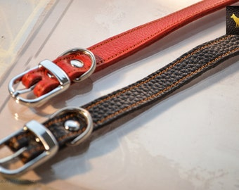 """Small Leather Dog Collar Black or Red -  Neck: 9.5"""" to 12.5"""""""